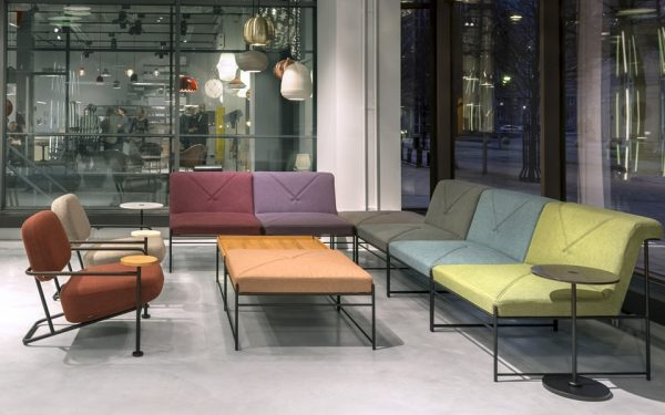 Loungebank und Stühle Ahus von Bla Station