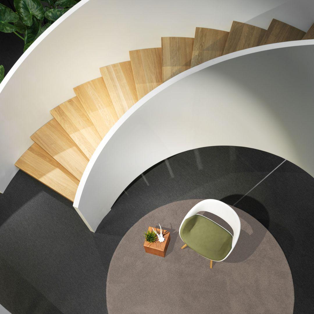 Perfekt passender Stuhl zum Treppenhaus - Produktrecherche