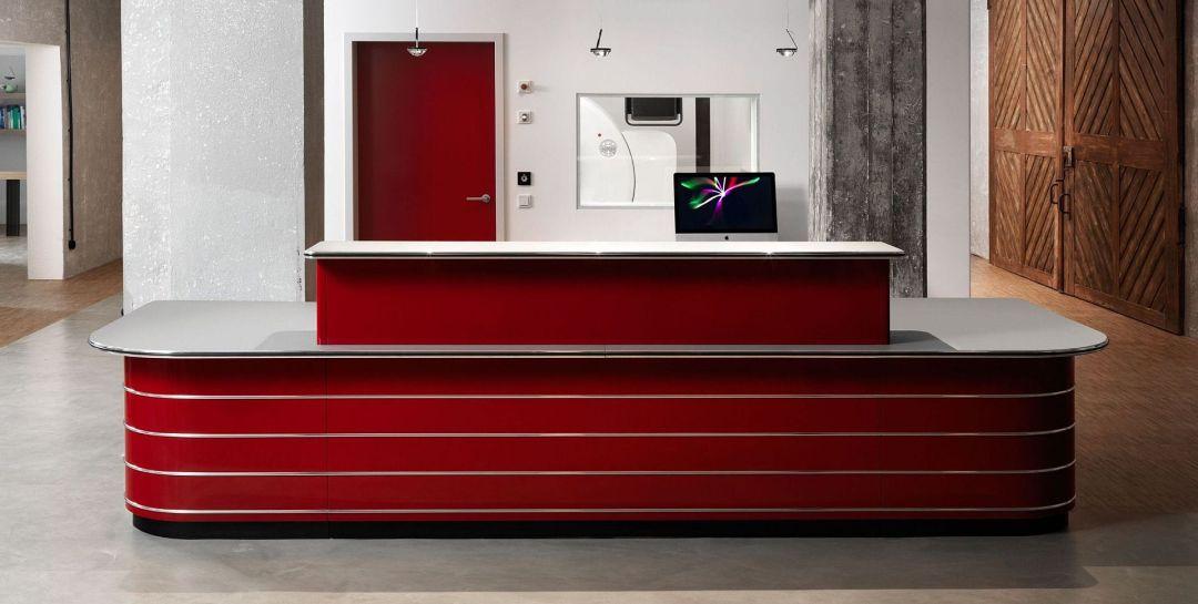 Empfangstresen von Müller Möbelfabrikation in rot