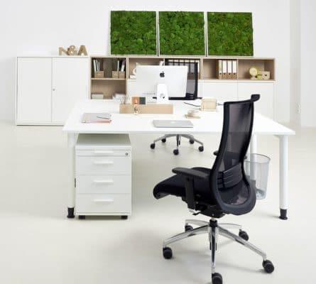 Starrer Schreibtisch mit Rundroh-Gestell