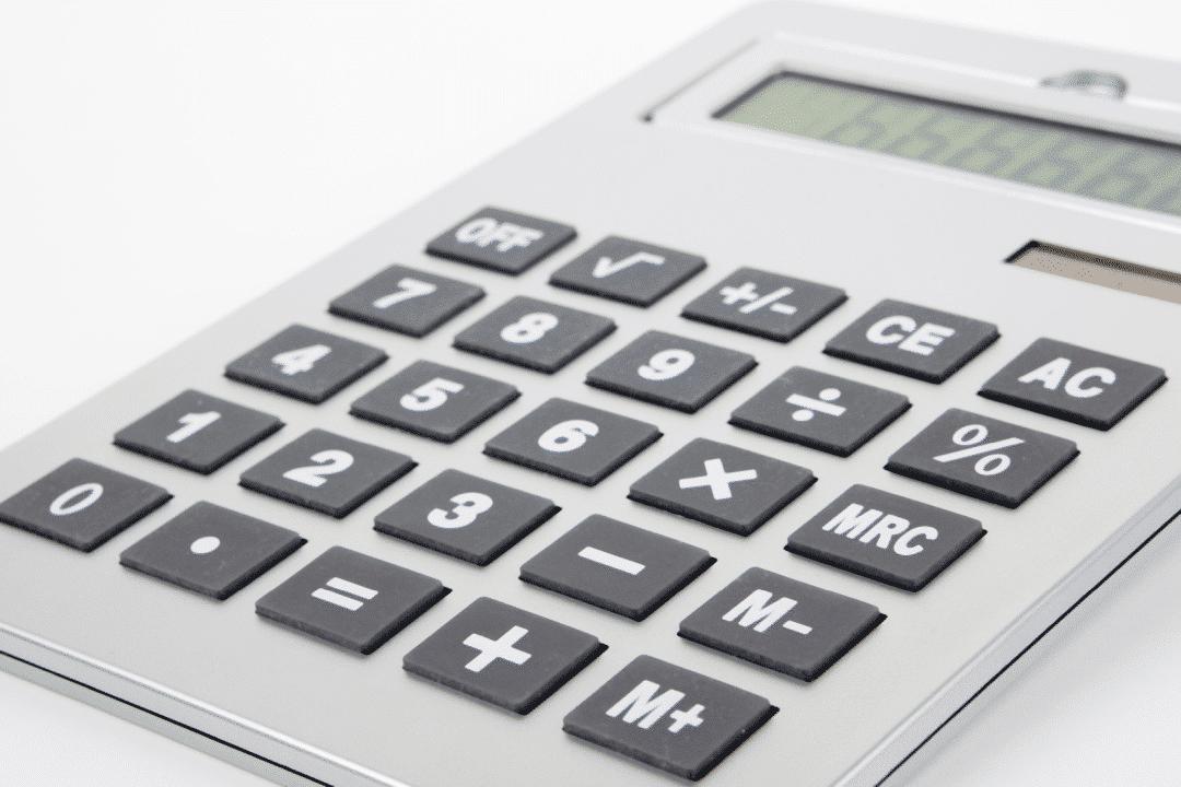 Büromöbel leasen - Taschenrechner