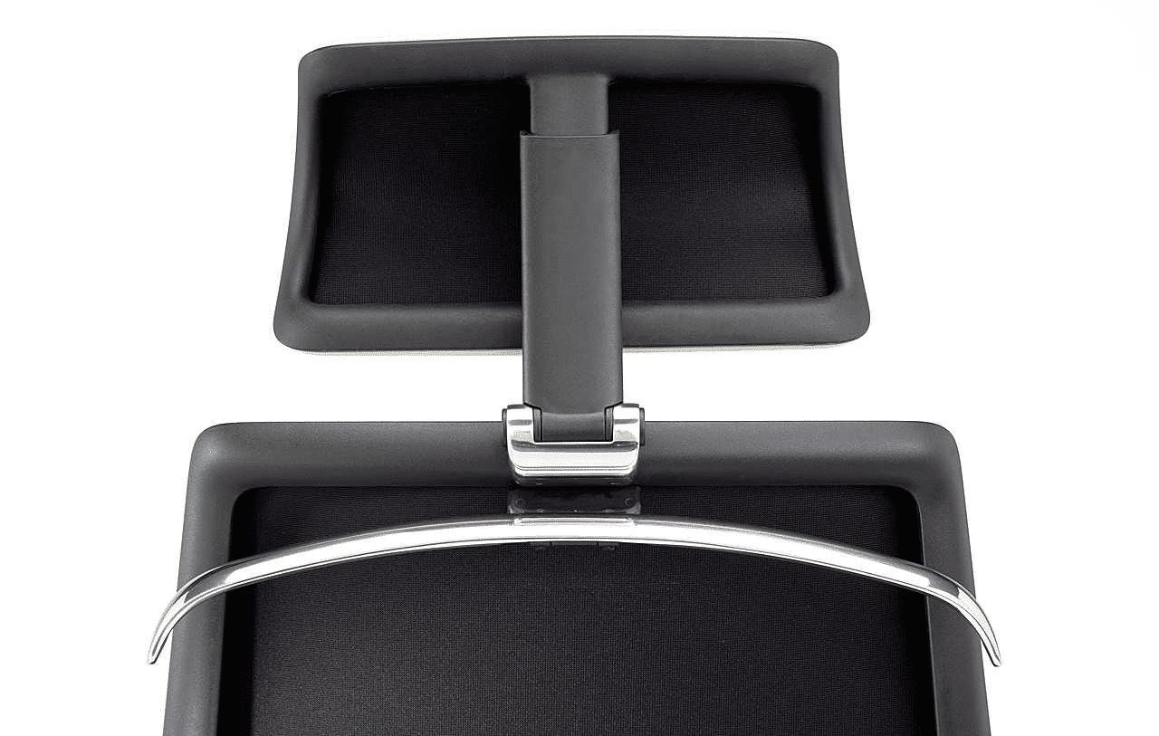 schwarzer Bürostuhl flexibel anpassbar