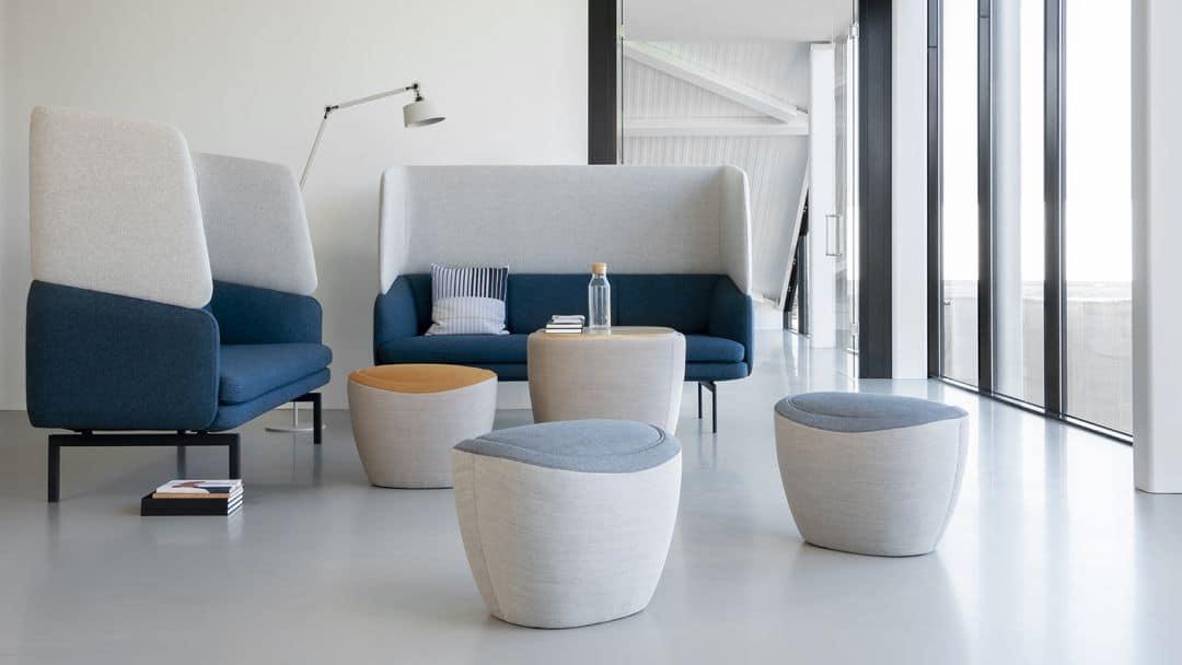 Tonica Tische und Sessel für interaktives Arbeiten