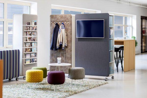 Pillow Space im Büro als Raumteiler