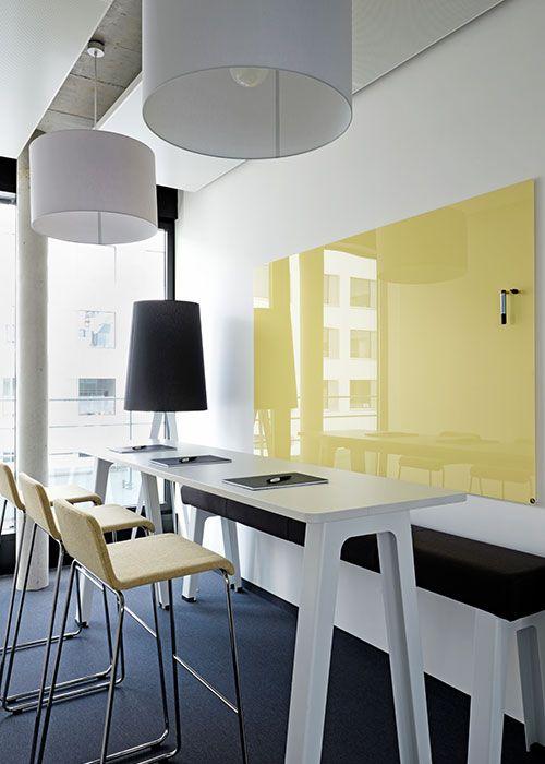 Gelbes großes Whiteboard magnetisch von Chat Board