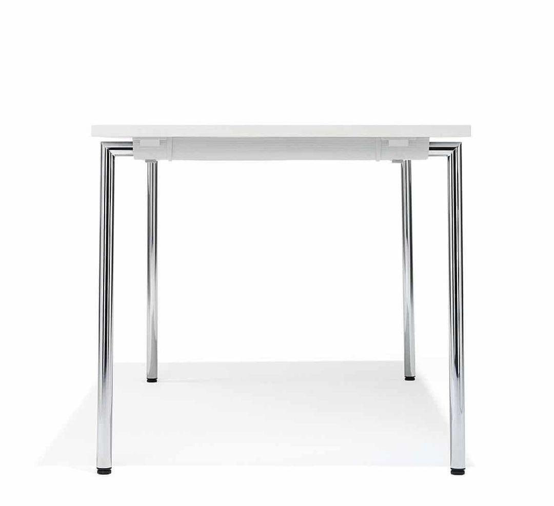 Klapptisch für die Kantine mit Chrom-Beinen weiße Tischplatte