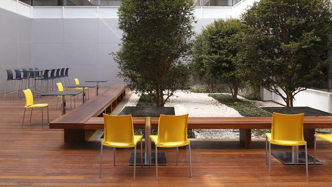 Stuhl HOLA Out farbig von Kusch + Co
