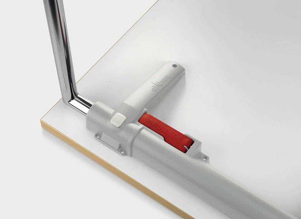 Klapptisch Plieto - Bedienhebel unter der Tischplatte
