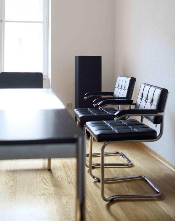 Sound Butler in schwarz für Büros