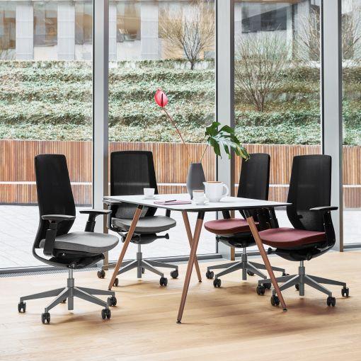 Der Accis Pro Drehstuhl für`s Büro