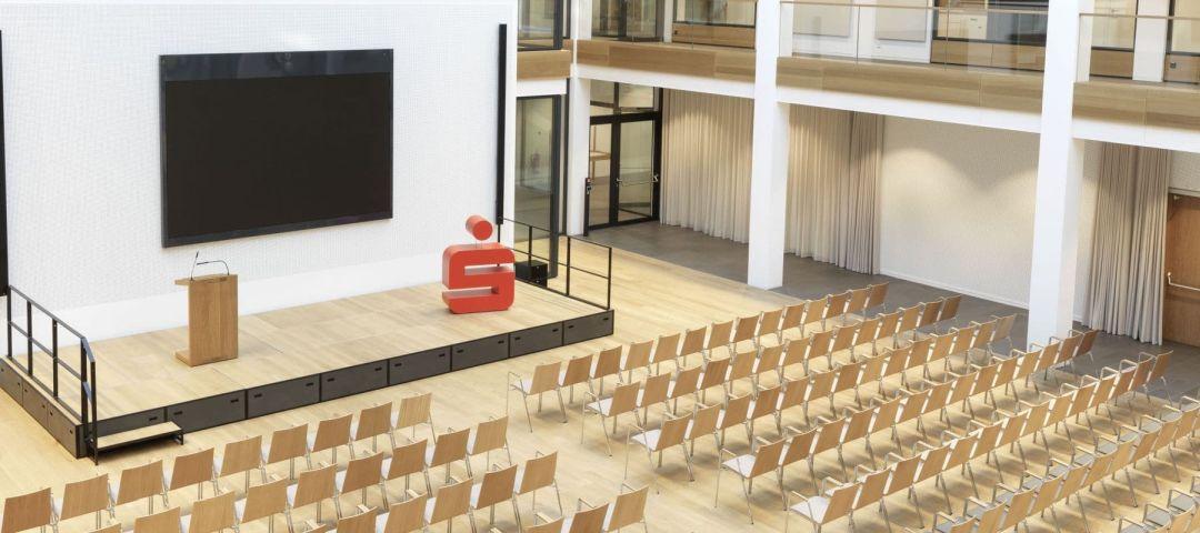 Eingerichteter Seminarraum Beispiel