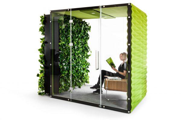 Cubes Wall Box mit Bepflanzung innen