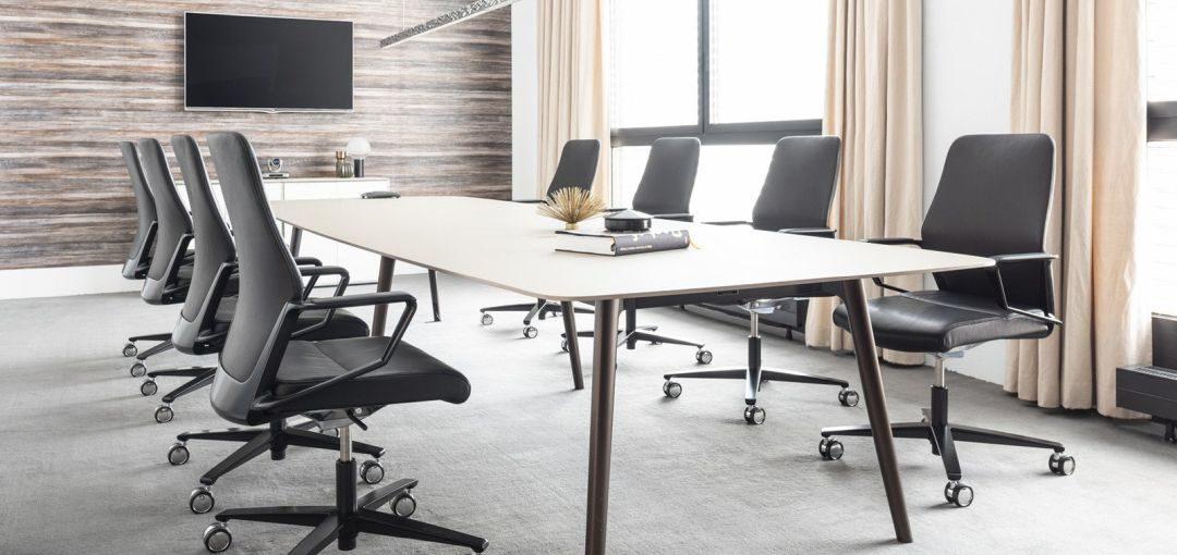 Drehstuhl Signo auch für Besprechungen geeignet